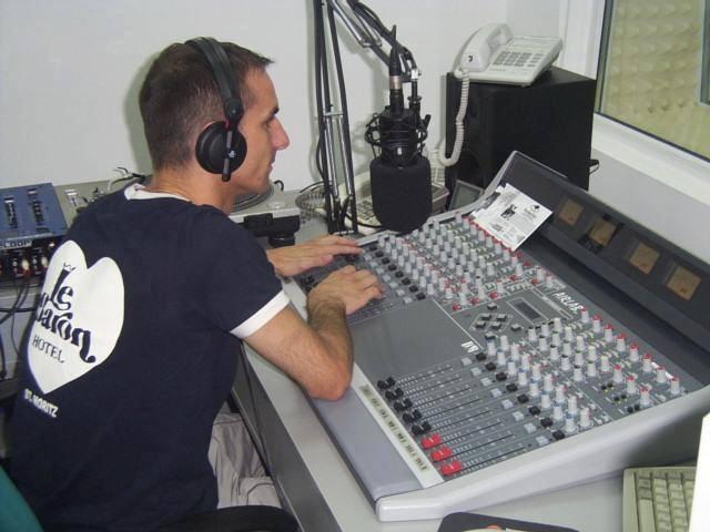 otvoreni radio studio