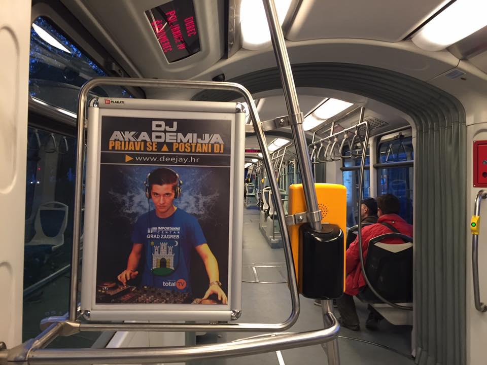 plakat-tramvaj